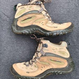 Merrell Tall Hiking Boot Gortex waterproof Vibram